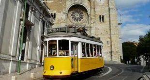 viajar por Lisboa y disfrutar de sus calles moviendonos en Tranvía