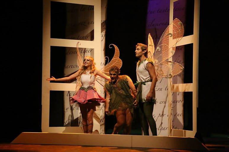 Momento del musical de Cuento de Andersen, Pulgarcita