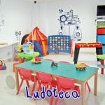 Talleres y actividades para niñ@s en el Hotel de Juguete en Alicante.