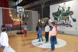 Divertidas actividades dónde compartir y jugar con niños, interactuar y compartir momentos para su desarrollo