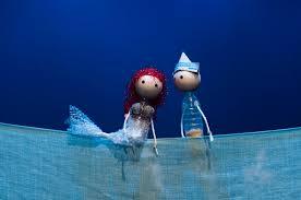 la sirenita y su amado principe en el famoso cuento, de la mano de La Canica