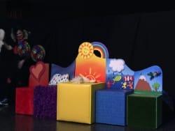 teatro familiar dónde los peques desarrollaran y descubriran su mundo sensorial