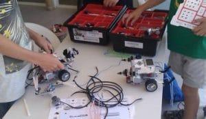 taller para niños dónde aprenderán y crearán robots
