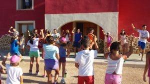 actividades deportivas y divertidas para conocer y compartir con otros niños.