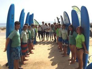 diversión y aprender a través de deportes como Surf % longboard