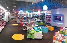 en las tiendas fnac hay una amplia gama de juegos, películas, juguetes y muchos más para grandes y peuqeños
