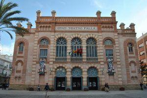 gran teatro famoso en Cádiz, por acoger ademas de los famosos carnavales, espectáculo infantil y grandes representaciones