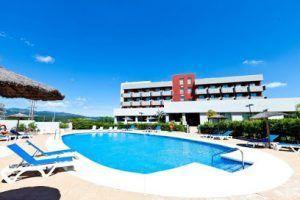 Magnífico hotel con estupendas instalaciones dónde poder pasar unas divertidas vacaciones y a la vez disfrutar de grandes espectáculos
