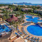 Hoteles para disfrutar las vacaciones con niños en España.