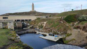 diversión en familia conociendo el entorno y la fauna de la costa de Galicia en Aquarium Finisterrrae