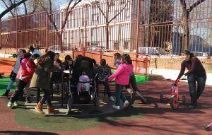 personas con y sin discapacidad podrán disfrutar y jugar en las diferentes instalaciones todos juntos,