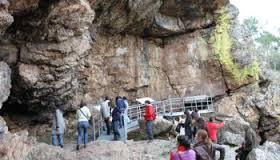 cueva visitable con los peques, turismo con niños en una cueva con historia o leyenda