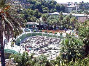 Parque botánico dónde disfrutar de la naturaleza, restos arqueológicos, dar paseos y de espectáculos en el auditorio