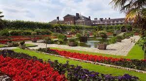 visitar un palacio y sus jardines impresionantes, la residencia oficial de Guillermo y Kate