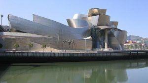 Museo de Vizcaya dónde grandes y pequeños disfrutarán de sus exposiciones y sus talleres familiares