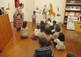 talleres familiares y programas educativos dónde disfrutar de las exposiciones del museo