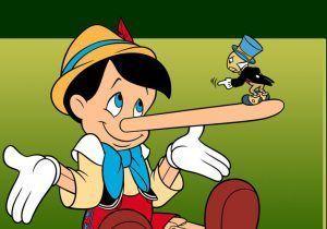 el pequeño saltamonte Pepillo Grillo que hace de conciencia del pequeño Pinocho en la obra de teatro Pinocho