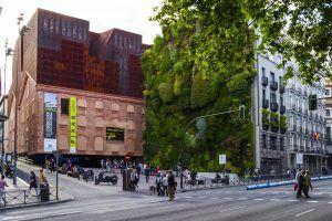 CaixaForum, centro cultural y de exposiciones