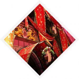 casas decoradas en las fiestas de inviernos con los típicos estampados de las telas confeccionadas en Mulhouse