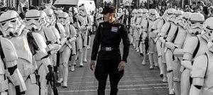 desfile de las tropas de la Legión 501 de Star Wars por las calles de Málaga