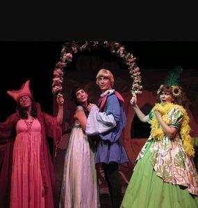 Cenicienta un cuento clásico hecho musical con Acuario Teatro