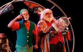 El Gran circo Fele con su espectáculo El Tren recorriendo los escenarios con su circo clásico.
