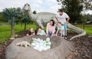 conocer cómo nacían los dinosaurios en el mesozoico