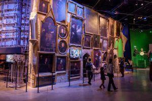 visitar las estancias de Hogwarts durante la cena de Halloween en Hogwarts