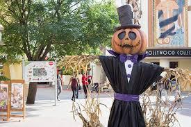 Nickelodeon y la fiesta de Halloween, miedo, atracciones, desfiles, bailes y mucho más.
