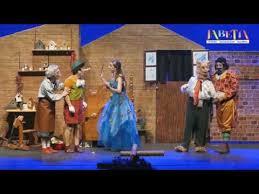disfrutar de Pinocho y Jabetín teatro en una nueva obra, un cuento clásico.