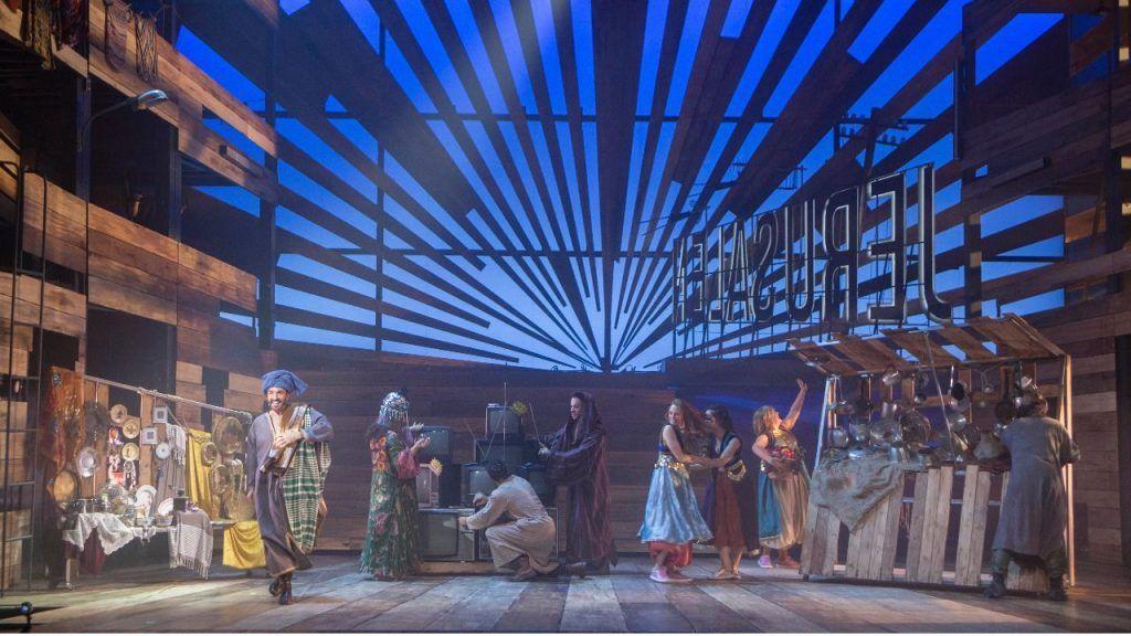 un musical que nos cuenta una historia conocida por todos, la historia de Jesús y sus discípulos