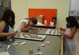 taller infantil en el Museo del Chocolate dónde los peques podrán hacer su propia figura de chocolate