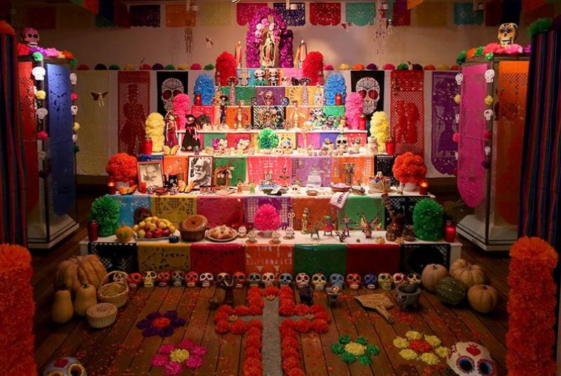 altar de los muertos, combinar la fiesta, cultura, el arte mexicano