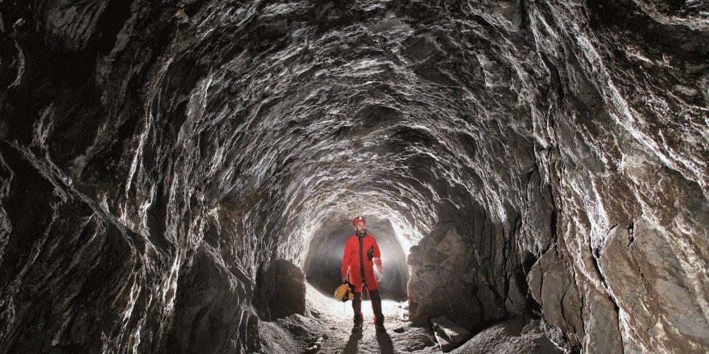 entrada a la mina dónde poder visitar la geoda