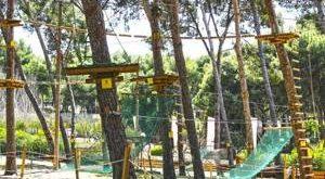 Bosc Aventura Salou, disfrutar en familia de la naturaleza y las actividades multiaventuras